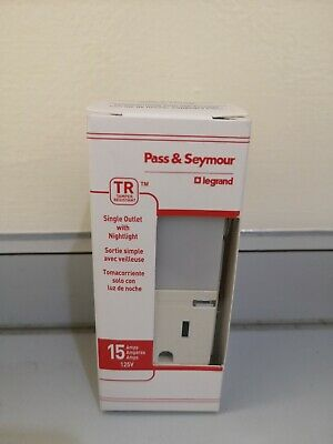 Legrand Pass & Seymour Tamper Resis 15A Single Outlet w/Nightlight, NTL81TRLACC6