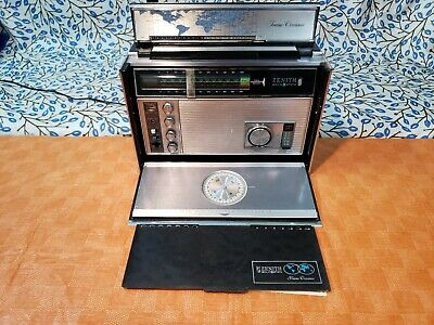 Vintage Zenith Trans-Oceanic Royal 7000-1 11-Band Solid State radio