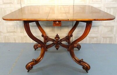 Unusual Walnut Sutherland Table On Double Gate Action And Acanthus Carved