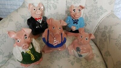 Natwest Wade pigs, complete set of 5 in excellent condition, all with stoppers
