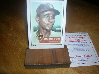 Satchell Paige 1990 Hamilton Collection Porcelain Card Topps
