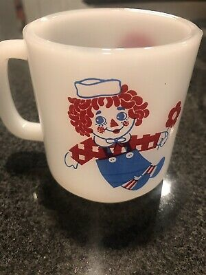 Vintage Glasbake Glass Raggedy Ann And Andy Milk Glass Coffee Cup Mug Retro