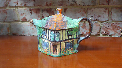 Vintage art deco Royal WInton Grimwades Ye Olde Inne Handpainted Tea Pot