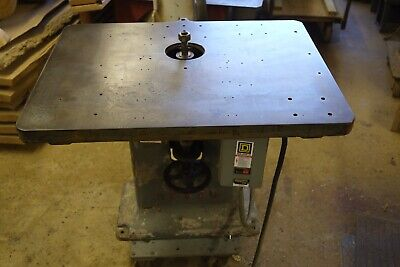 "Woodworking Shaper 2 hp, 1"" spindle 30x40  8500 RPM, BEACH No. 300-A  3 Phase"