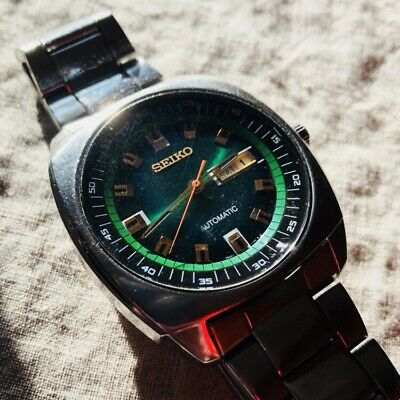 Seiko Recraft Automatic Green Dial Stainless Steel Mens Watch SNKM97 Chronograph