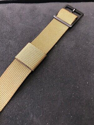 NATO Military-Style Nylon Watch Strap in Olive.