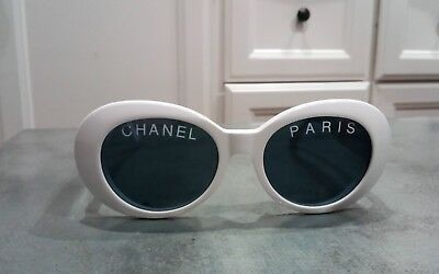 2eb6d411c VINTAGE CHANEL BLACK round sunglasses 01945 94305 authentic ...
