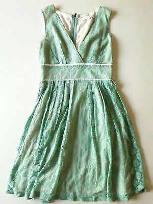 6629c472406 FOREVER 21 PLUS Size Emerald Green Lace Up Front Dress - Brand New ...