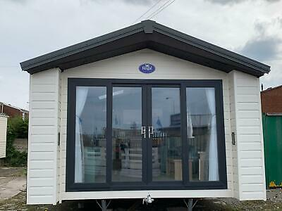 2016 Regal Hamilton Lodge 42X14/2   Mobile Home For Sale, Immaculate Condition