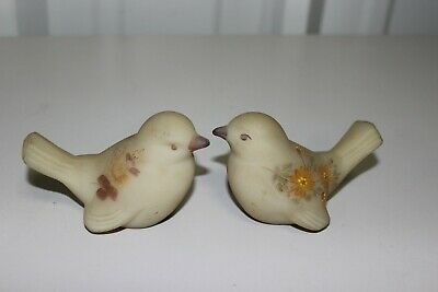 Vintage Hand-Painted Fenton Bird Pair - Signed