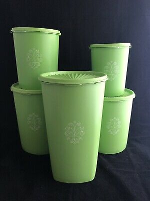 Vintage set of 5 Green Tupperware containers.  1970's in Excellent Condition.