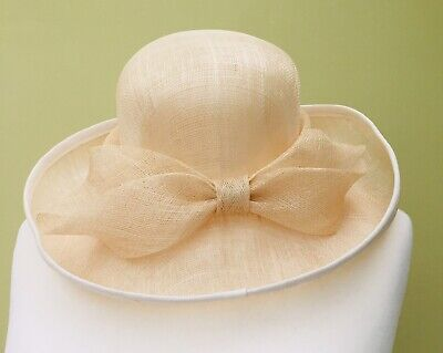 9010059a Ladies Wedding Hat Races Mother Bride Cream Front Knot By Balfour England