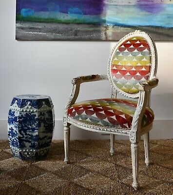 Stylish French Fauteuil Bergere Side Table Chair Armchair Jane Churchill Fabric