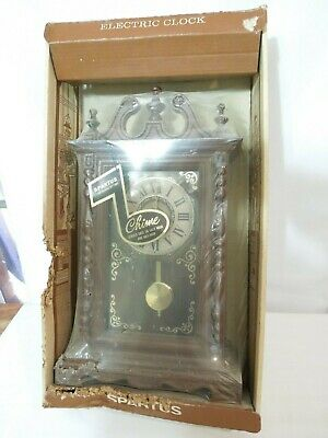 Vintage Spartus Electric Chime Pendulum Wall Clock 1960's New Old Stock Rare