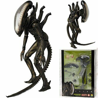 Mafex No.84 Alien Pre-painted Action Figure