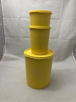 Vintage set of 3 Yellow Tupperware containers.  1970's in Good Condition.