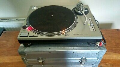 1 x Technics SL-1200 MK2 Turntable with Flight Case - Just Serviced
