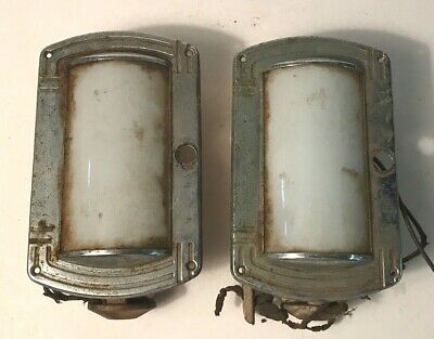 Antique pair chrome frosted curve glass Art Deco electric wall sconce skyscraper