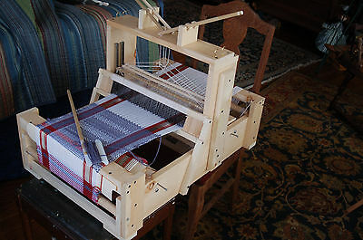 Plans to build a 4-Harness Table Loom for about $50