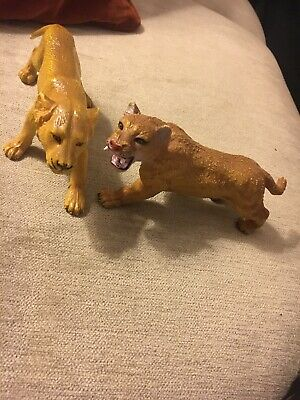 Vtg Retro AAA Large Toy Lioness/ Sabre Tooth Tiger 16cm Wild Animal Plastic