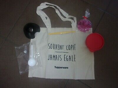 Lot Tupperware ( découpe part , pele agrume , tote bag )