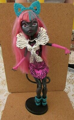 Monster High CATTY NOIR BOO YORK  Doll with everything in photo's