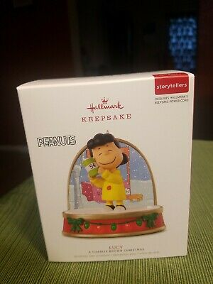 Hallmark Keepsake 2018 A Charlie Brown Storytellers Christmas Lucy Ornament NIB