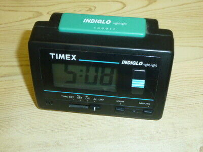 Vintage Timex Alarm Clock W/ Indiglo Night Light Repeating Snooze Battery Powere