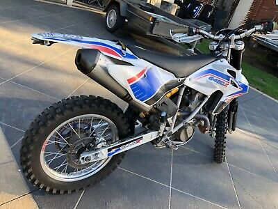 BMW G450X enduro 2009 ,90hours,Road reg,Akropovic exhaust ,custom seat etc etc