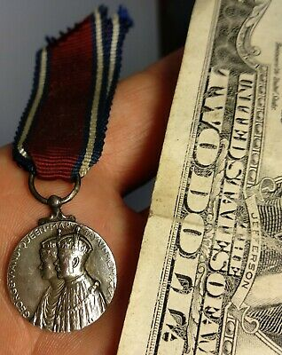 Antique 1910-1935 George V & Queen Mary Jubilee 25th Yr. Silver Medal & Ribbon
