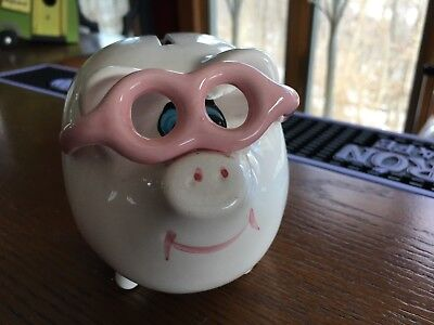 VINTAGE Piggy Bank hand painted ceramic mid century ART MARK made in Taiwan