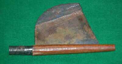 Early 1800s  Blacksmith-made STRAIGHT RAZOR Wedge-shaped BLADE. WOODEN HANDLE