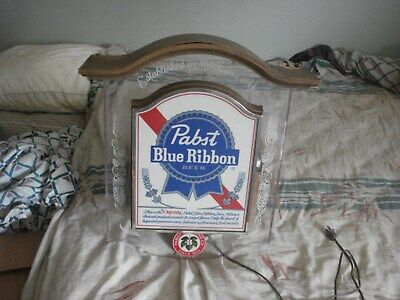 Vintage 1981 Pabst Blue Ribbon Beer Lighted Hanging Bar Sign Working Nice Cond
