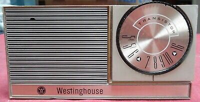 Vintage 1963 Westinghouse Model #H-842P6GP 6 Transistor AM, CD, Works!