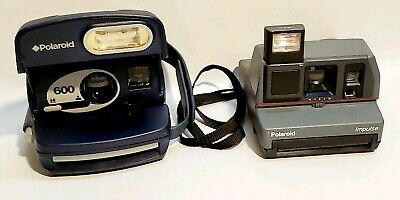 Lot of 2 Polaroid 600 Cameras Instant Film Camera Built-In Flash Tested