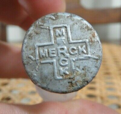 Rare Antique Merck Embossed Lid Tiny Pill Bottle Great Small Medicine Bottle