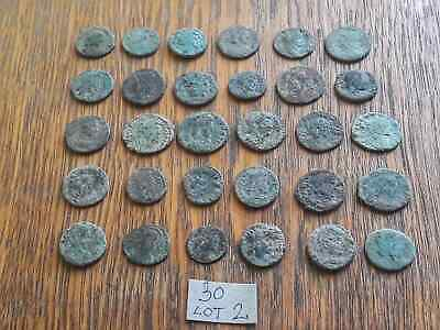 BEAUTIFUL LOT OF 30 ANCIENT ROMAN BRONZE  COINS  FOR CLEANING  Lot 2