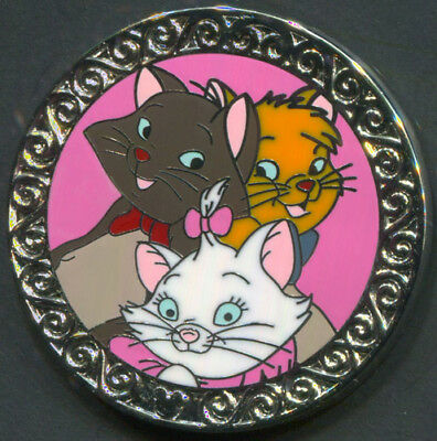 Disney Pin MARIE BERLIOZ & TOULOUSE 2010 Hidden Mickey DLR Aristocats Collection