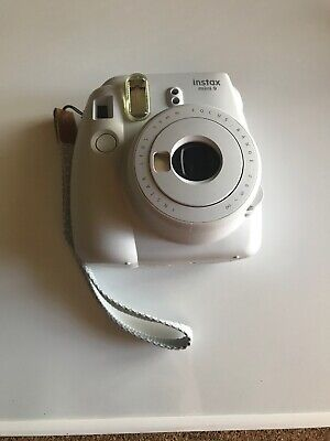 Fujifilm Instax Mini 9 Smoky White Instant Film Camera Excellent Extra Film
