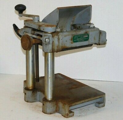 Williams Hussey W7 Molder Planer Industrial Machine Wood Working Carpenter Unit