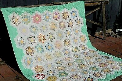 Vtg Cotton Hand Quilted Grandmothers Garden Quilt 71.5 by 79 inches