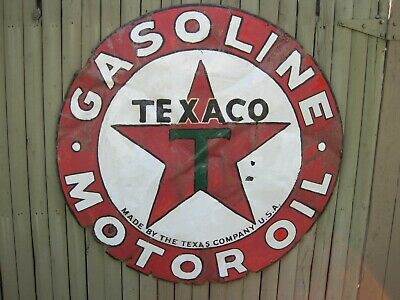 "Vtg TEXACO Gasoline & Oil Porcelain Dealer Sign~42"" Diameter~Has a few issues"