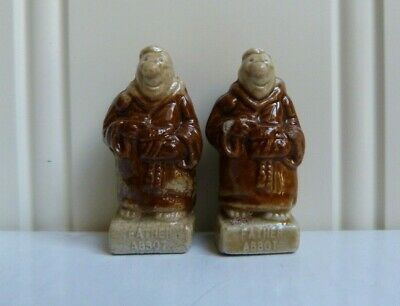 2 x WADE ENGLAND PORCELAIN WHIMSIES - FATHER ABBOT - K.P. FRIARS SET  [065]