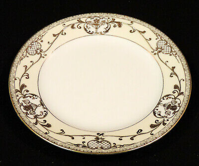 Noritake hand painted 7 ½ in plate Gold Floral Moriage scroll trim Japan