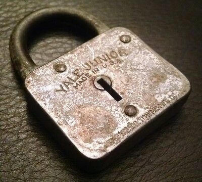Vintage Antique Collectible Yale Junior Small Iron Padlock No Key Made In Usa