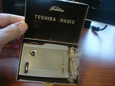 Vintage Toshiba 7 Transistor Radio Model 7Tp30 Japan With Metal Case Nice Cond