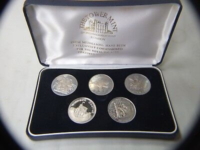 Vintage The Tower Mint  Silver Medallions  Featured Royal Palaces  London  Boxed