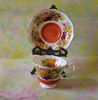 "Royal Albert England Bone China Country Fayre Series ""Dorset"" Teacup and Saucer"