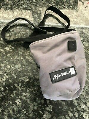 Metolius Grey Rock Climbing Chalk Bag