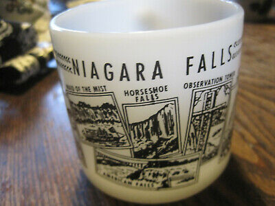 Vintage Federal Milk Glass WHITE SOUVENIR Coffee Mug/Cup Niagara Falls Canada